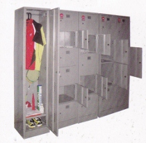 Locker 4 Pintu Daiko Type LD-504